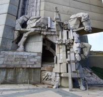 Monument in Sjoemen ter ere van 1300 jaar Bulgarije.