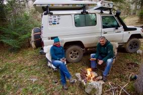 Kamperen in de bergen.. kkkkoud maar met vuur.