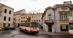 Ook hier de trolleybus.