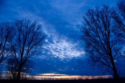 Zonondergang op eerste kampeerplek in Moldavie