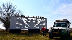 Ook Moldavie is voormalig Sovjet Unie en dus ook de fraaie naamborden bij de stad.